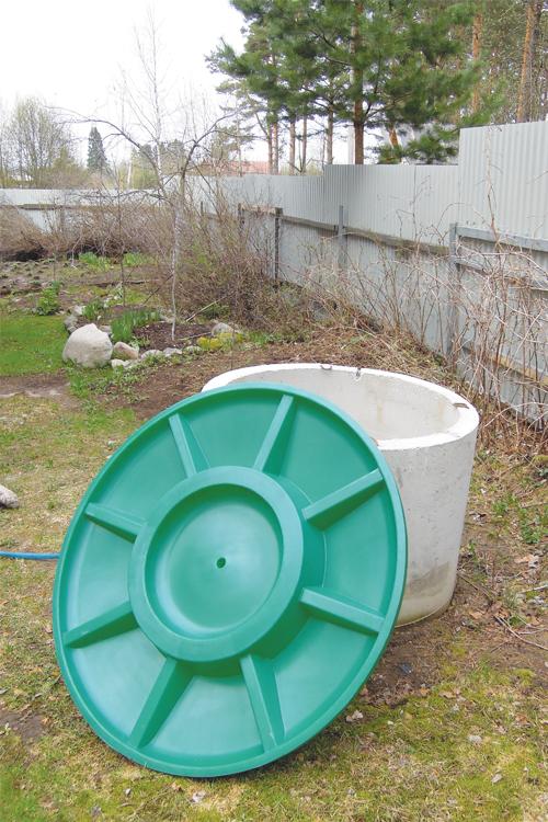 Крышка колодца «Rostok» пластиковая